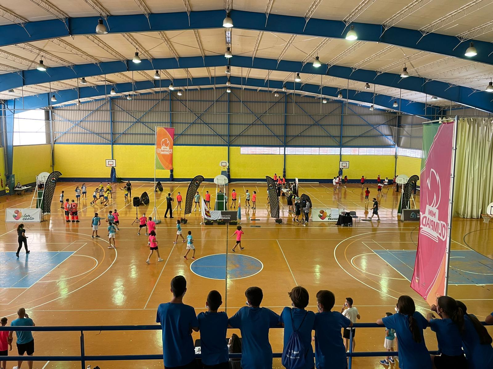 Baloncesto en la Miniolimpiada 2021.
